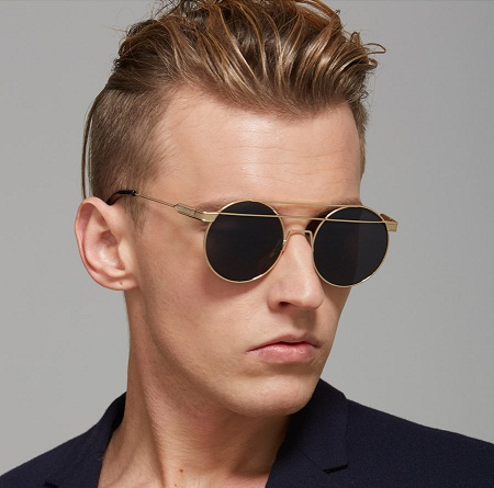 Discover our range of stylish men's sunglasses at ASOS. Shop for men's aviators, retro clubmasters, wayfarers & designer sunglasses. ASOS DESIGN round sunglasses in black metal with rainbow mirrored lens. $ ASOS DESIGN round sunglasses in crystal with blue mirrored lens. $