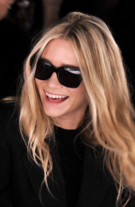 Images of Oversized Black Sunglasses