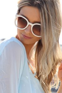 White Round Sunglasses Pictures