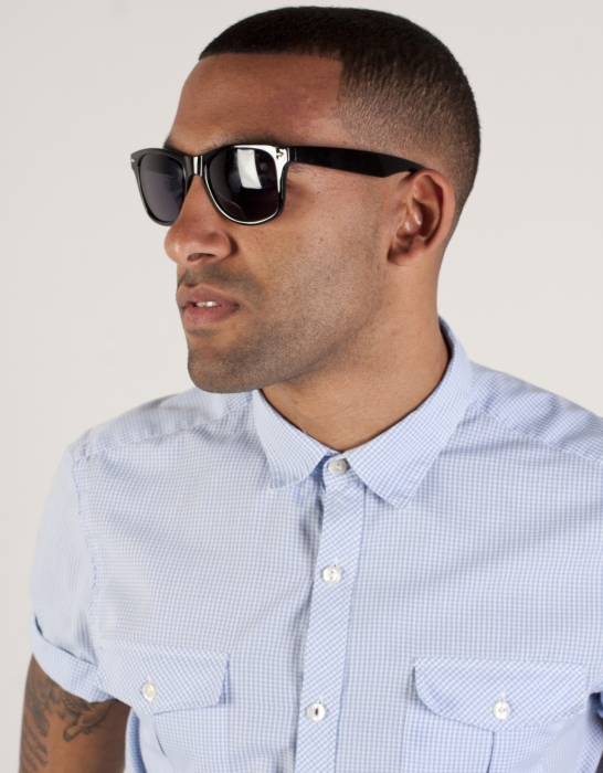 Black Sunglasses for Men at Macy's come in all styles. Shop Men's Black Sunglasses from Sunglass Hut at Macy's! Free Shipping available!